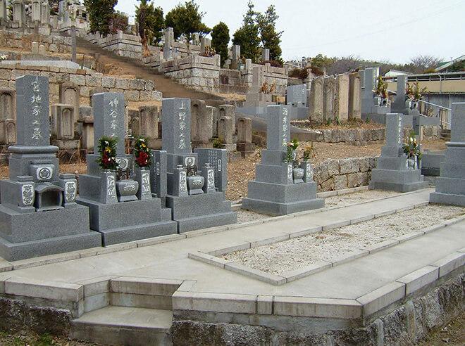 性高院墓地